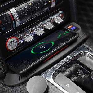 Autosonus Ford Mustang Wireless Charging Pad